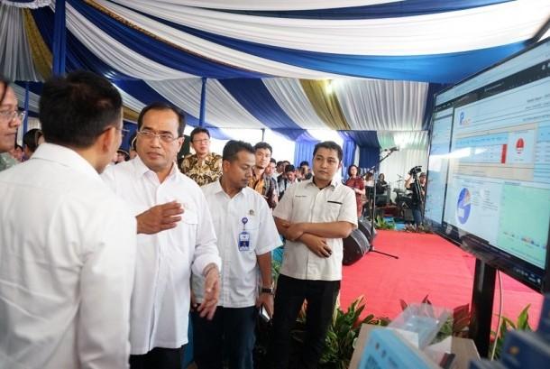 Menteri Perhubungan Budi Karya saat peresmian penggunaan perizinan sistem online dan peluncuran Fleet Management System