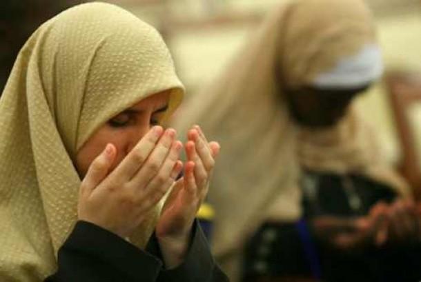Harti Kridanti Mendapat Ketenangan dari Islam