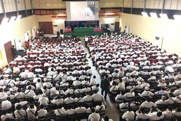 Para petugas haji menjalani pelatihan di Jeddah, Selasa (25/7).