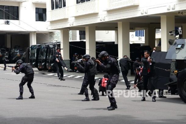 Pasukan Paspampres melakukan demonstrasi di Markas Komando Paspampres di Jakarta, Kamis (29/12).