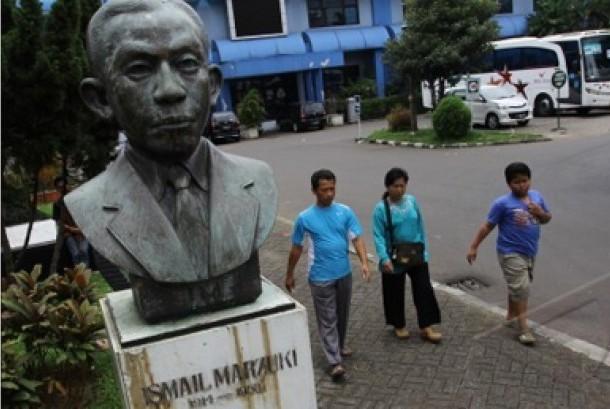 Patung Ismail Marzuki. Ilustrasi.
