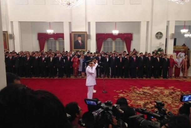 Anies-Sandi Resmi Dilantik Jadi Gubernur dan Wakil Gubernur