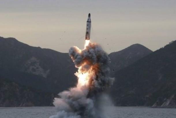 Peluncuran rudal korut.
