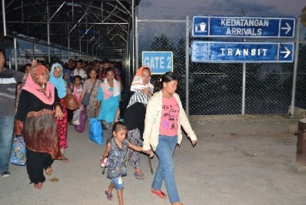 Pemerintah Malaysia mndeportasi TKI ke Nunukan, Kalimantan Utara, Jumat (13/2).