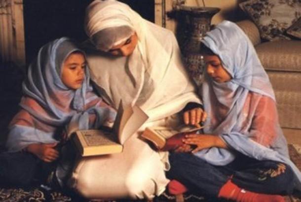 Pendidikan keluarga (ilustrasi)