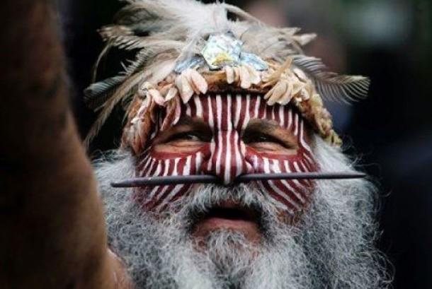 penduduk asli Australia dan Papua Nugini.