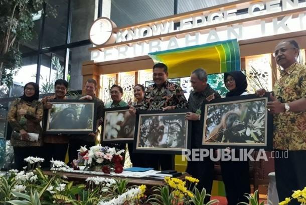 Pengenalan spesies baru Orangutan Tapanuli oleh para peneliti dan Kementerian Lingkungan Hidup dan Kehutanan (KLHK) di Gedung Manggala Wanabakti, Jumat (3/11).