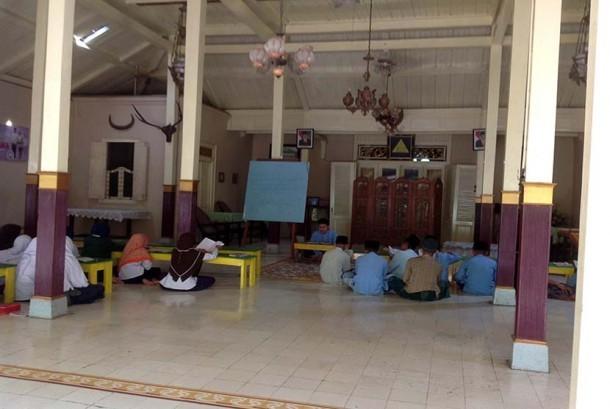 Pesantren Takeran, Magetan, Jawa Timur.