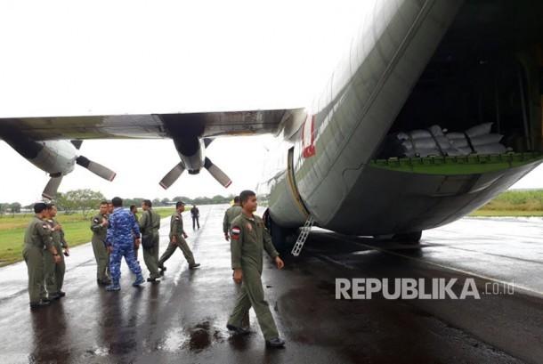Pesawat bantuan untuk masyarakat Rohingya akan diberangkatkan ke Chittagong, Bangladesh, Kamis (14/9).