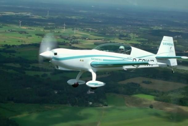 Pesawat bertenaga listrik (ilustrasi)