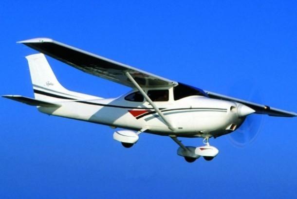 Pesawat Cesna (ilustrasi)