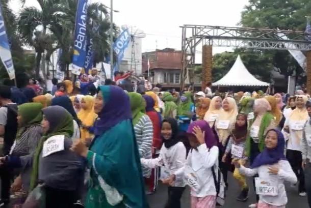 Peserta Lombok Hijab Run Series 2017 di Kota Tua Ampenan, Mataram