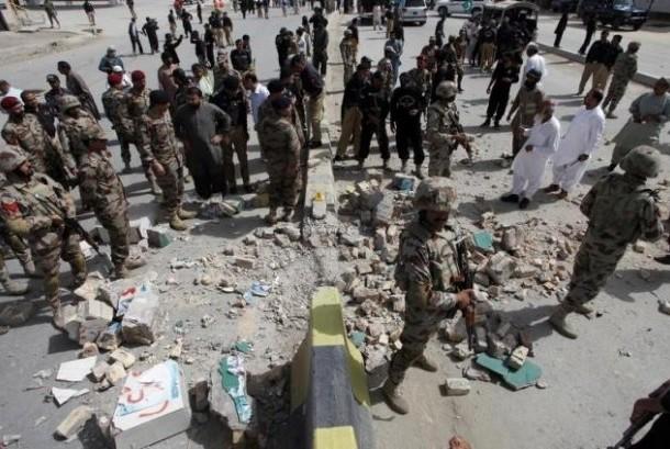 Bom bunuh diri Pakistan.