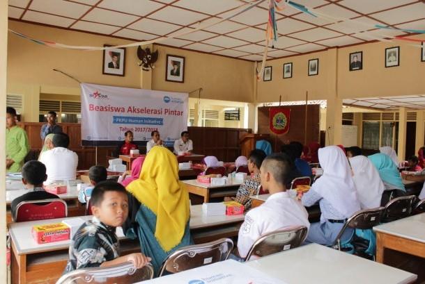 PKPU Human Initiative menyalurkan beasiswa akselerasi pintar (Beastar) untuk siswa SD, SMP dan SMA di Gunungkidul.