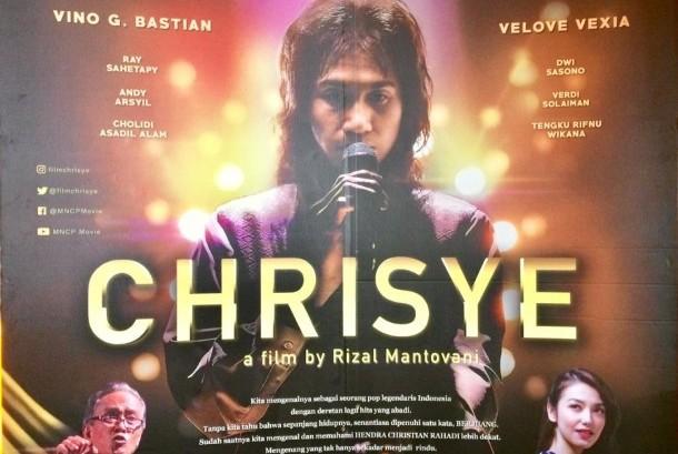 Poster film Chrisye.