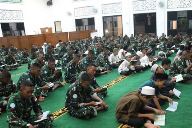 Prajurit TNI Konga ikuti pengajian sebelum bertugas