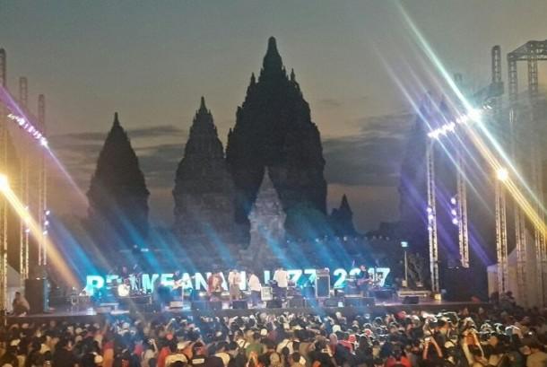 Berbeda dengan Reog Jazz Ponorogo yang baru perdana akan digelar, Prambanan Jazz telah lebih dulu menjadi event jazz tahunan di Yogyakarta.