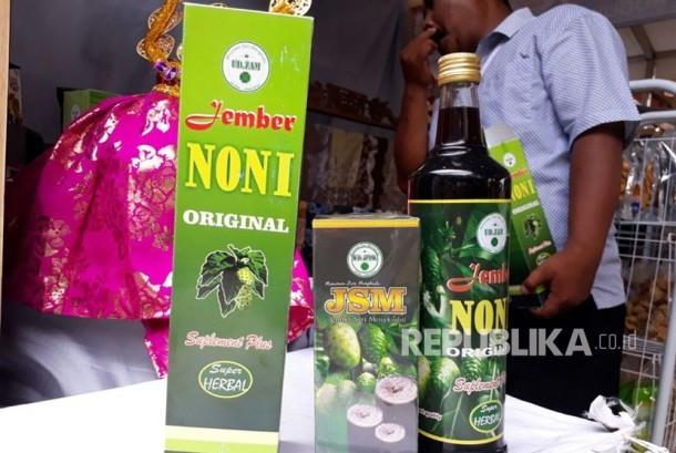 Produk fermentasi mengkudu dari UMKM Jember yang telah sukses diekspor ke berbagai negara.