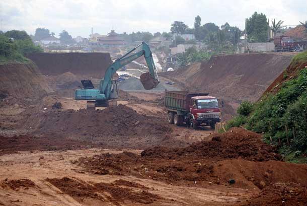Proyek pembangunan jalan tol  (ilustrasi).