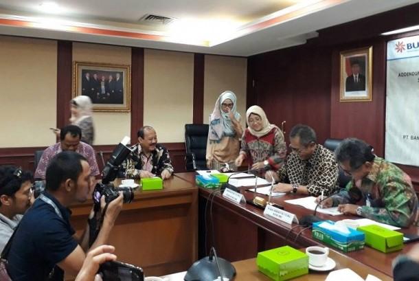 PT Bank Rakyat Indonesia Tbk menyalurkan Kredit Modal Kerja sebesar Rp 29 triliun kepada Perum Bulog, Jumat, (26/5).