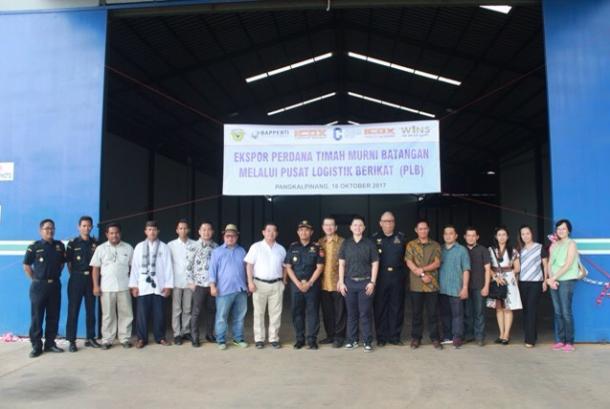 Pusat logistik berikat pertama di Pangkalpinang lakukan ekspor 75 ton timah.