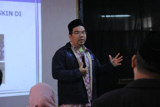 Raden Ridwan Hasan Saputra menjadi pembicara di MKKS SMP swasta se-Kota Depok.