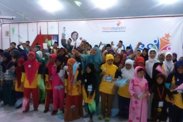 Ratusan anak yatim peserta Olimpiade Anak Shaleh di Kediri, Sabtu-Ahad (22-23/10.