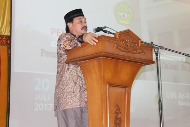 Rektor UIN Ar-Raniry Prof  Dr Farid Wajdi Ibrahim MA.