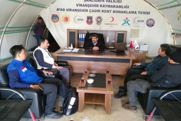 Relawan Rumah Yatim dan otoritas Turki membahas kemungkinan membawa anak-anak pengungsi Suriah ke Indonesia.