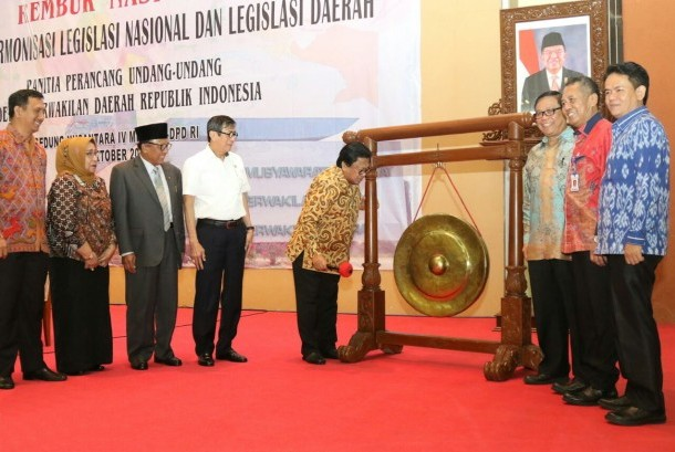 Rembuk Nasional 'Membangun Harmonisasi Legislasi Nasional Dengan Legislasi di Daerah' yang digelar Panitia Perancang Undang-Undang(PPUU) DPD RI, Gedung Nusantara IV Senayan Jakarta, Rabu(18/10).