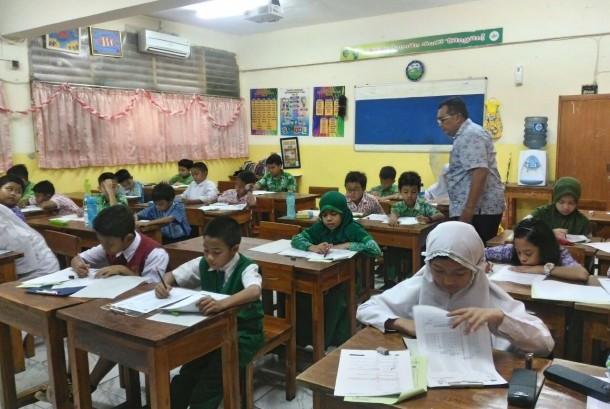 Ribuan siswa SD mengikuti seleksi olimpiade matematika dan IPA dalam ajang OMSI.