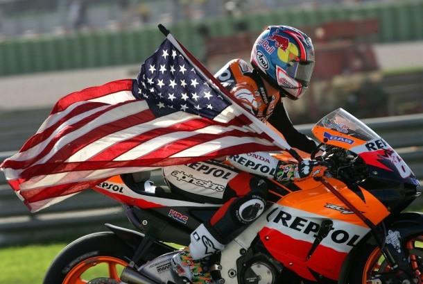 Selebrasi Nicky Hayden (ilutrasi)