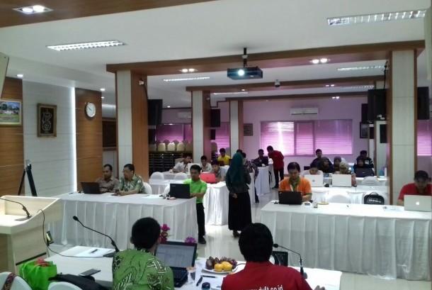 Suasana traning IT yang diselenggarakan Asphurindo di Jakarta, Jumat 20/10.