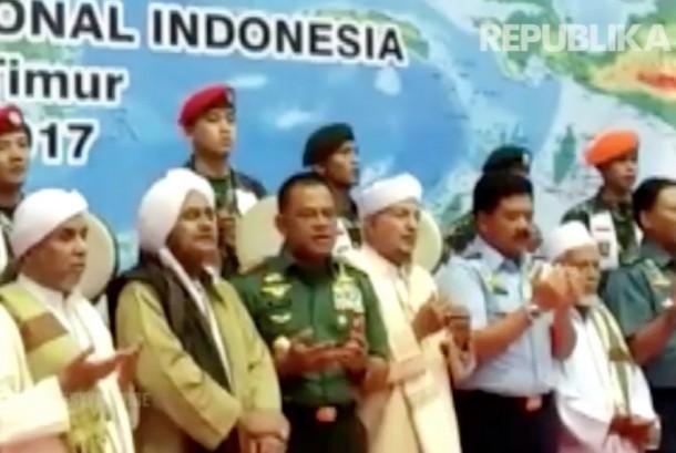 Tasyakuran TNI ke-72 di GOR Ahmad Yani, Cilangkap Jakarta Timur.