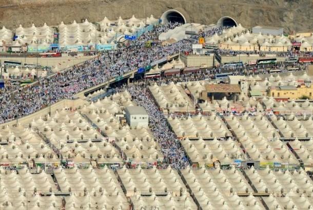 Sejarah Hari Ini: 1.400 Jamaah Haji Tewas Terinjak-injak di Terowongan Mina