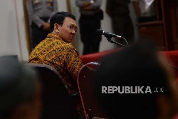 Terdakwa kasus penistaan agama Basuki Tjahaja Purnama atau Ahok menjalani sidang lanjutan di Auditorium Kementerian Pertanian, Jakarta, Selasa (25/4).