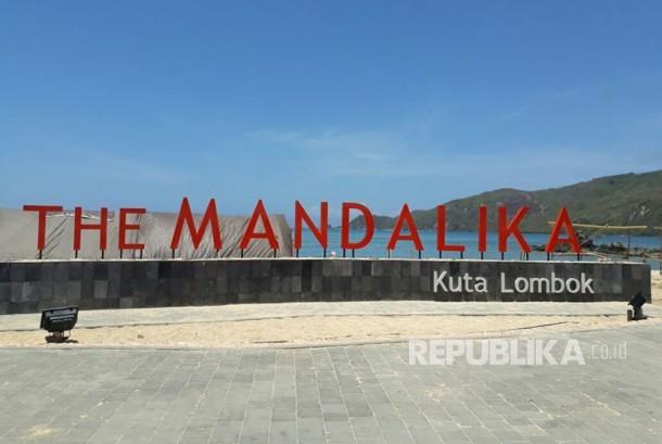 The Mandalika atau Kawasan Ekonomi Khusus (KEK) Mandalika terus berbenah dengan melengkapi sejumlah fasilitas di area Pantai Kuta Mandalika.
