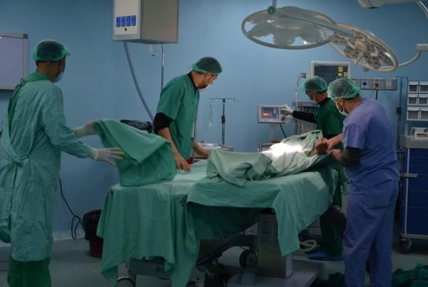 Operasi patah tulang