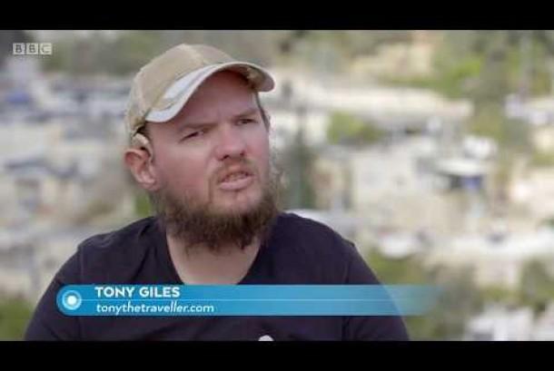Tony Giles, difabel yang sudah keliling dunia.