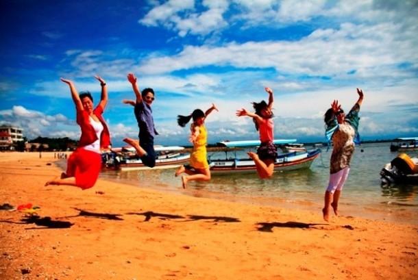 Turis cina di Indonesia