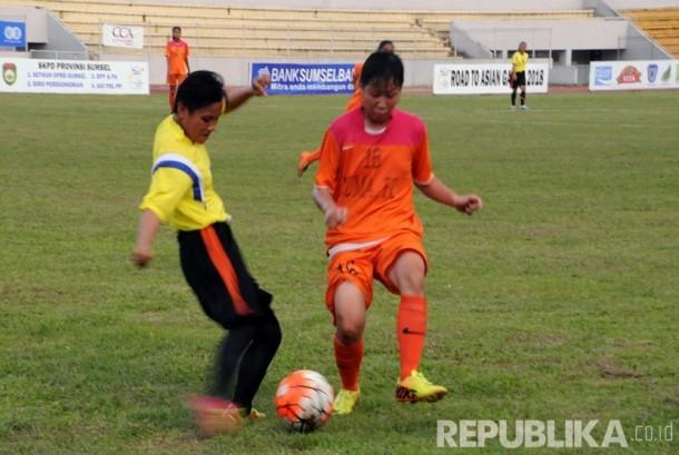 [foto ilustrasi] Turnamen sepak bola wanita di Sumatra, Eliza Alex Noerdin Cup 2016 yang berlangsung 18 – 22 Mei 2017 di Stadion Bumi Sriwijaya, Palembang.