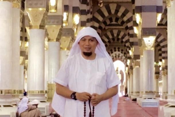 Ustadz Muhammad Arifin Ilham