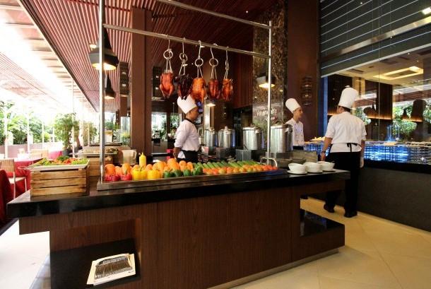 Verandah Alfresco, Eastparc Hotel Yogyakarta