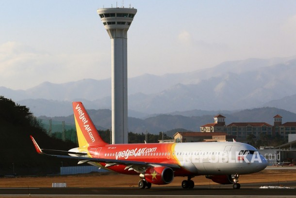 VietJet Air is planning to open the direct Jakarta-Ho Chi Minh City route, with a three-hour flight time, on Dec 20.