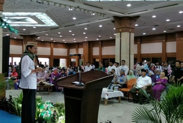 Wagub DKI Sandiaga Uno menghadiri pra-reuni akbar alumni Ponpes Daar el Qolam.