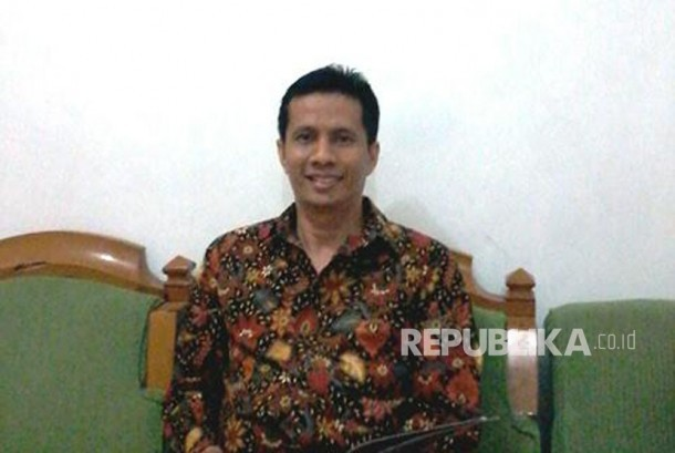 Wakil Ketua Umum HMPI / Staf Ahli Ekonomi Maritim Asosiasi Pemerintahan Daerah Kepulauan dan Pesisir Seluruh Indonesia (ASPEKSINDO) Hendra Nazif