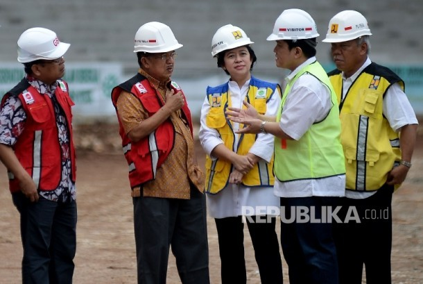 Vice President Jusuf Kalla (second from left).