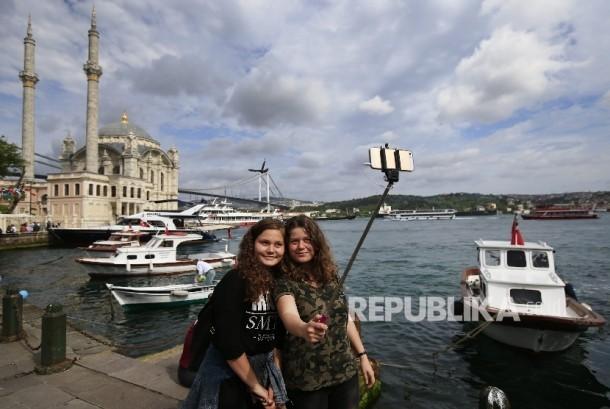 Menikmati Istanbul dari Laut Marmara