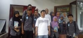 Kunjungan mahasiswa STFI Sadra ke Republika Penerbit