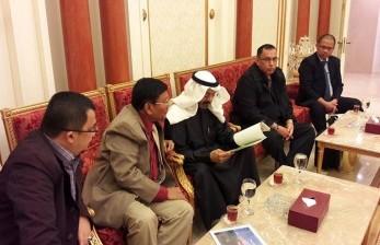 Pimpinan DPD RI Farouk Muhammad melakukan kunjungan kerja ke Kuwait bersama Anggota DPD RI Saleh Muhammad Al Djufri dari  Sulawesi Tengah, Hendri Zainuddin dari Sumatera Selatan dan Muhammad Idris dari Kalimantan Timur. (foto: DPD RI)